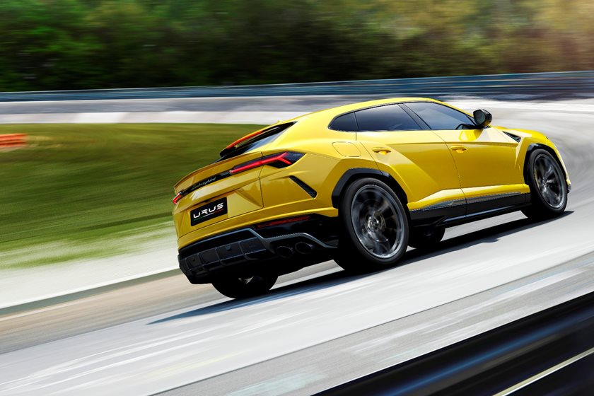 By Pricing The Urus At Over $200,000, Lamborghini Is Telling The World That  This Will Be The Fastest, Best Driving SUV On The Market.