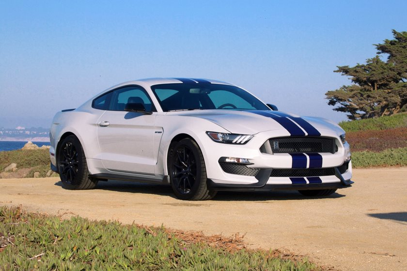 2016-2018 Ford Mustang Shelby Front Three-Quarter Right Side View