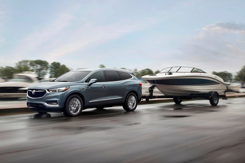 2018-2019 Buick Enclave Front Side in Motion