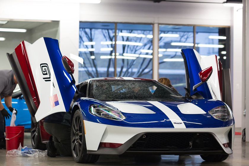 Because You Have To Be A Ford Employee To Earn That Privilege Photos Posted On The Ford Gt Forum Show The Special Victory Edition Of The Gt Finished In