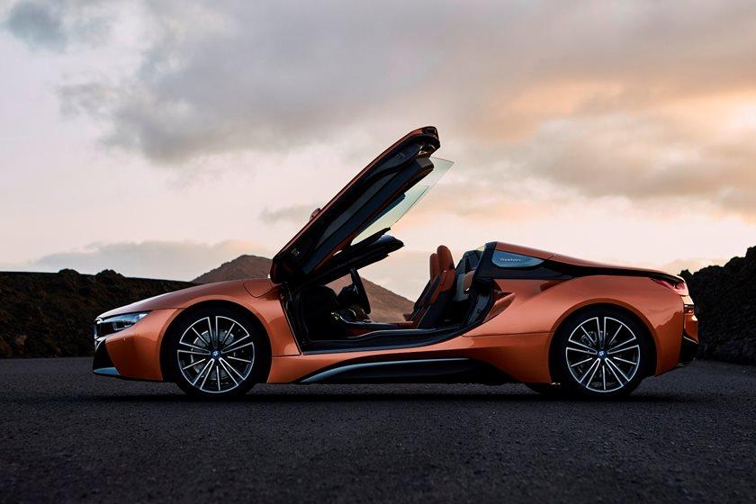 2019 BMW i8 Roadster Left Side View