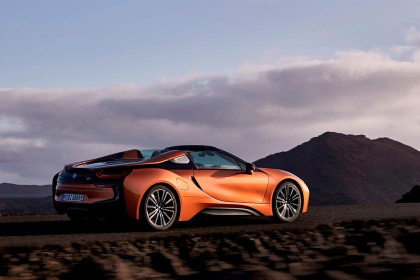 2019 BMW i8 Roadster Rear Three-Quarter Right Side View
