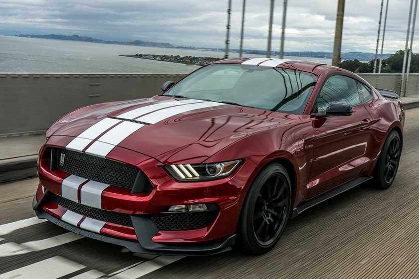 New 700-HP Mustang Shelby GT500 Could Have A Manual Gearbox - CarBuzz