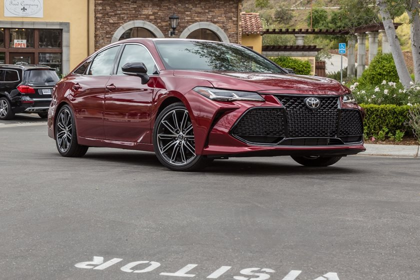 2019 Toyota Avalon First Drive Review: Blue-Haired Sedan Gets A Dye Job