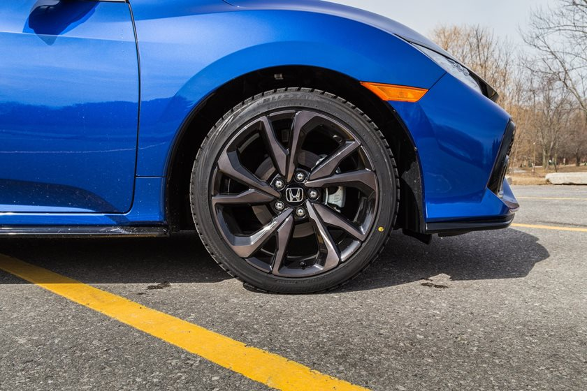 2018 Honda Civic Sport Touring Hatchback Right Side Front Wheel