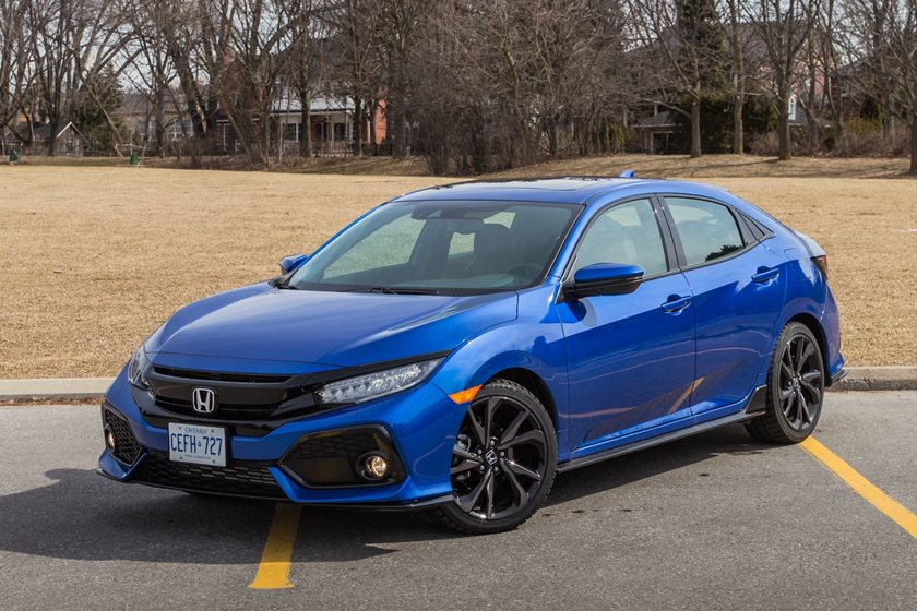 2018 Honda Civic Sport Touring Hatchback Front Three-Quarter Left Side View
