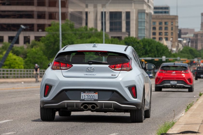 2019 Hyundai Veloster Review Trims Specs And Price Carbuzz