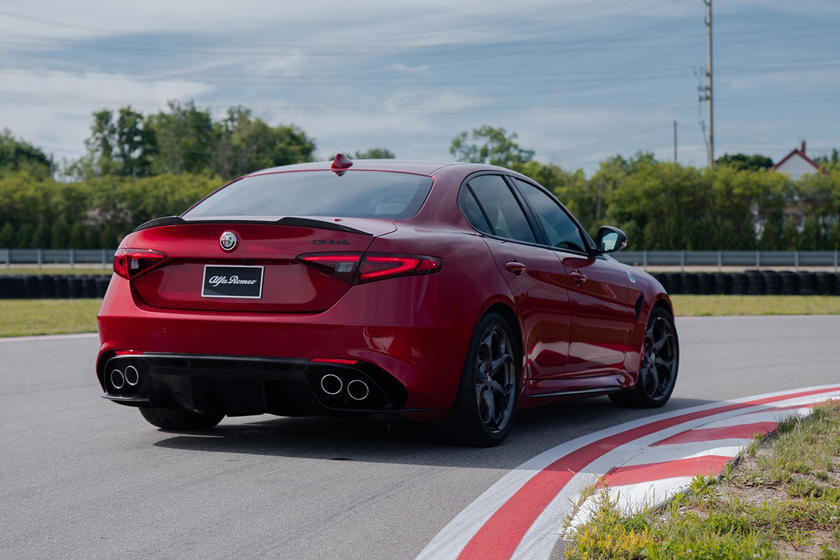 2019 Alfa Romeo Giulia Arrives With New Sporty Styling Packages