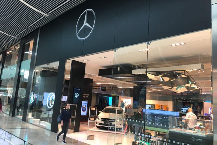 mercedes benz pop up store could be coming to a mall near. Black Bedroom Furniture Sets. Home Design Ideas