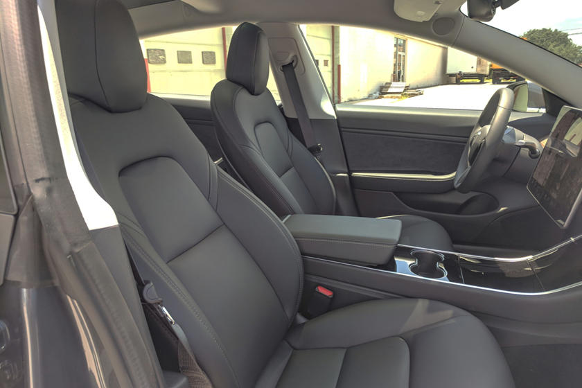 2018 Tesla Model 3 Driver and Passenger Seats