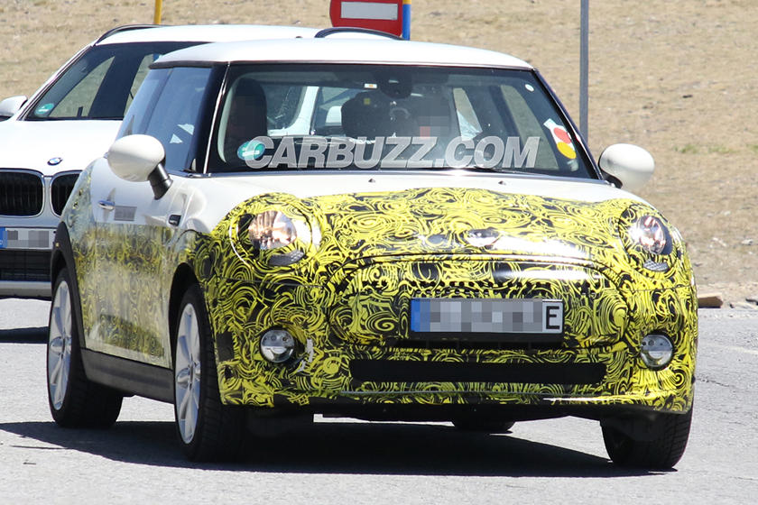We Ve Spied The Mini Electric Inside And Out Carbuzz