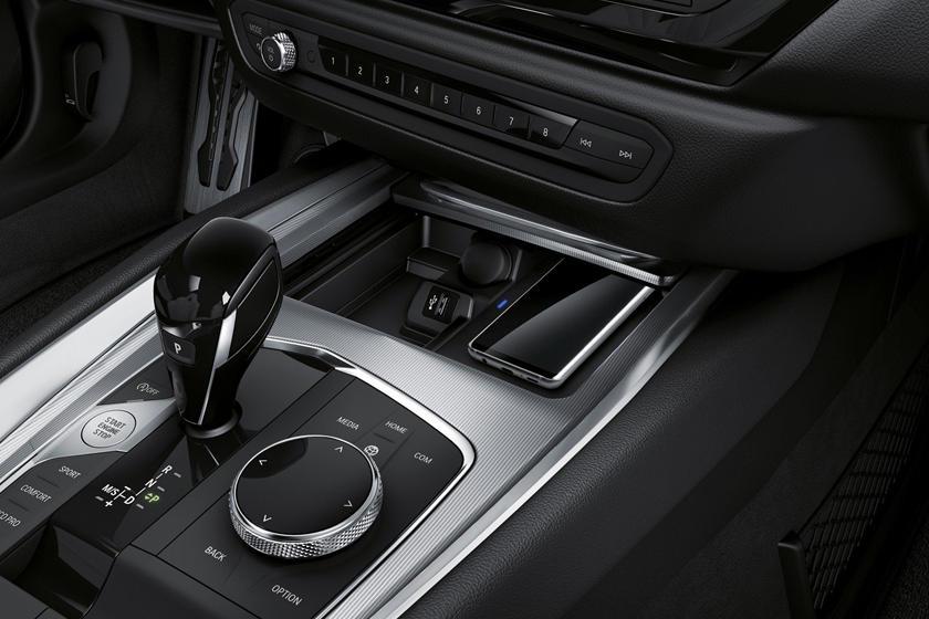 2019 BMW Z4 M40i Gear Shifter