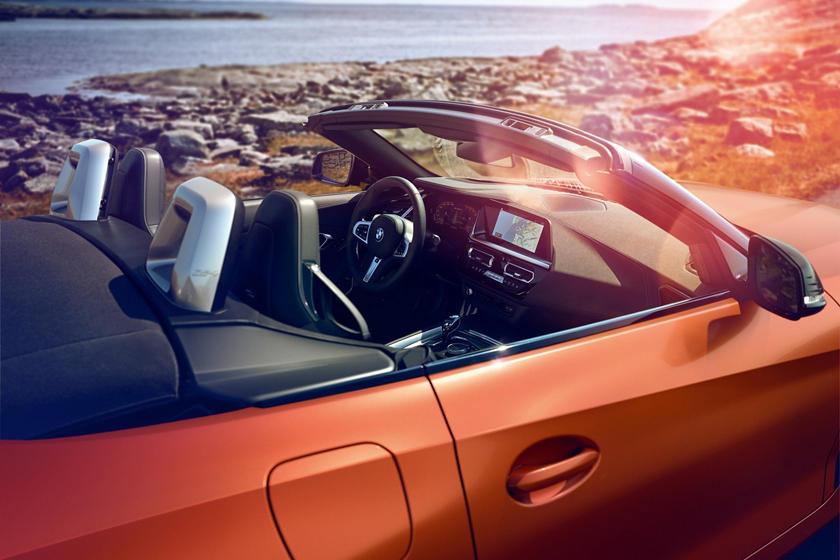2019 BMW Z4 M40i Interior Overview