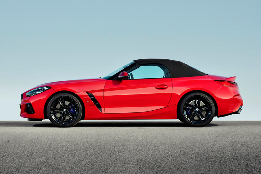 2019 BMW Z4 Roadster Side Profile Roof Closed