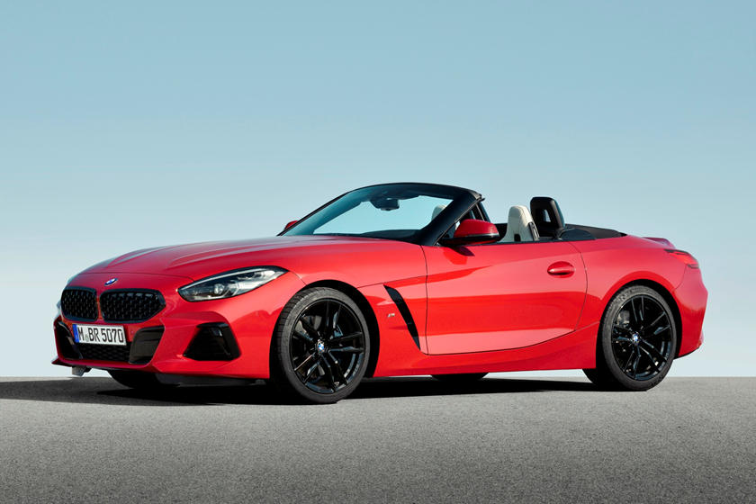 2019 BMW Z4 Roadster Three Quarter Front Left View