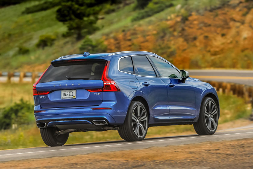 2018-2019 Volvo  XC60 Three Quarter Rear Right Dynamic