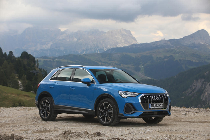 2019 Audi Q3 Review Trims Specs And Price Carbuzz
