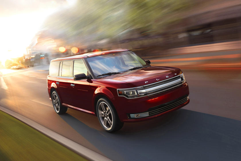 2013-2019 Ford  Flex Front Side in Motion