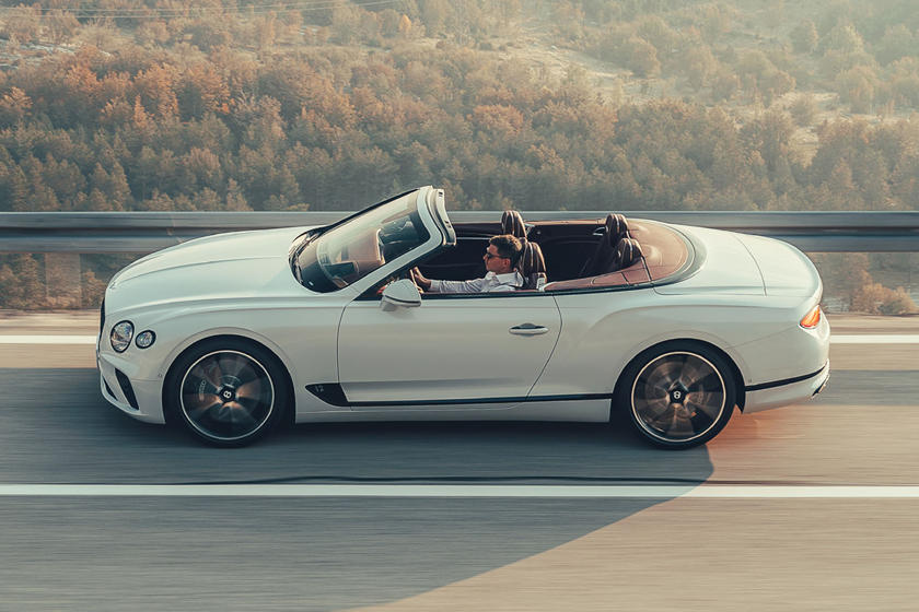2019 Bentley Continental Gt Convertible Opens Up On Video Carbuzz