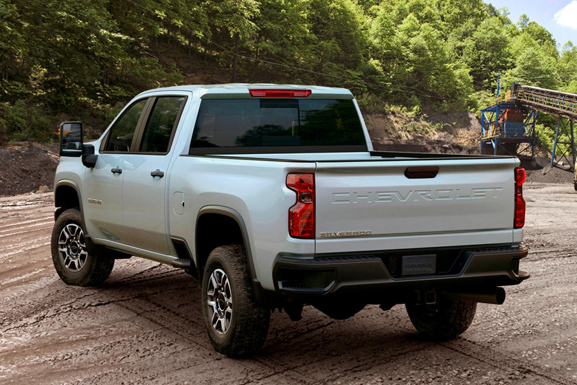 All New 2020 Chevrolet Silverado Hd Is A Tow And Torque King Carbuzz