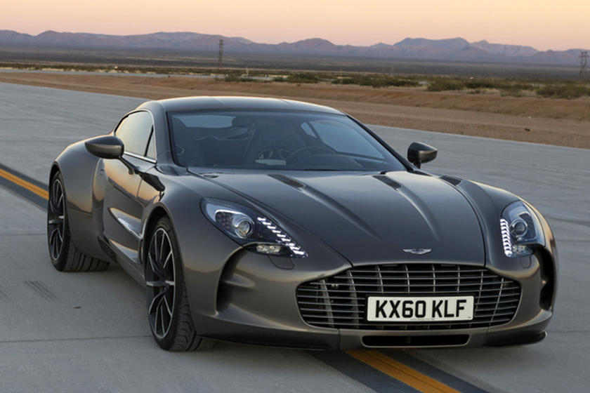 Bold Styling Decisions Aston Martin One 77 Carbuzz