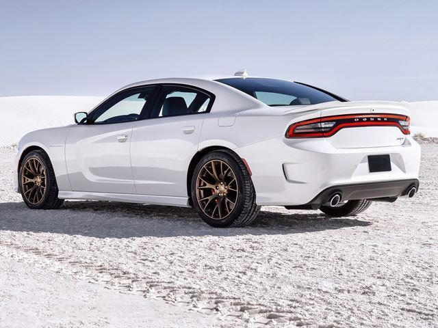 manual dodge charger hellcat