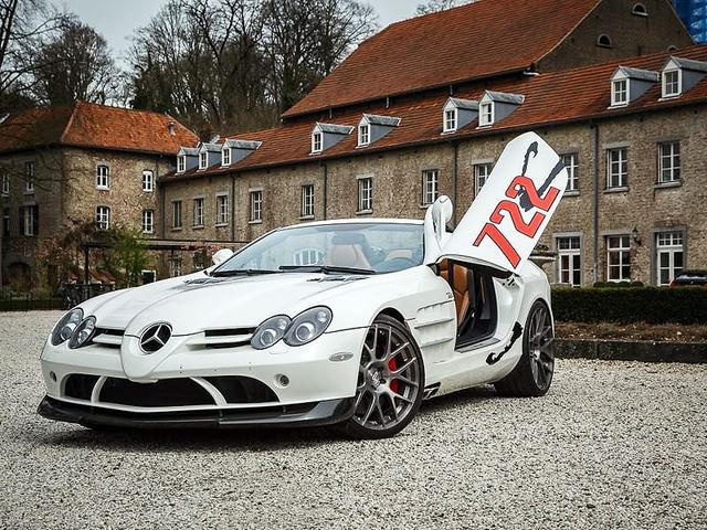 Elegant The Production Line Of This Special Mercedes Benz ...