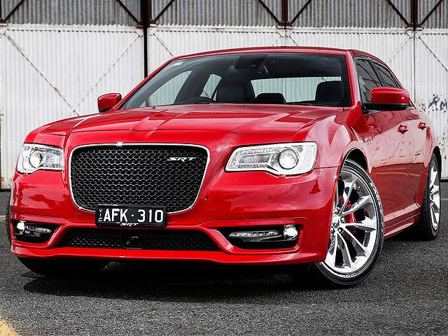 Guess Where You Can T Buy The New Facelifted Chrysler 300 Srt Carbuzz