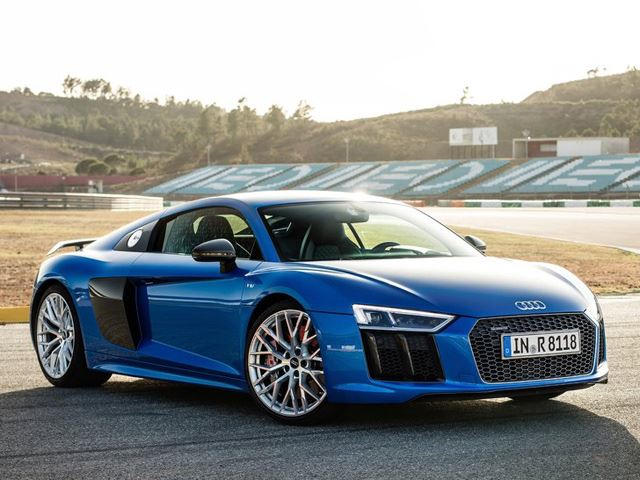 The New Audi R8 V10 Plus Has Screwed Over The Lamborghini Huracan ...