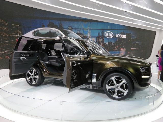 9 Passenger Suv >> Would You Beliveve This SUV Sporting Suicide Doors Is A Kia Concept? - CarBuzz
