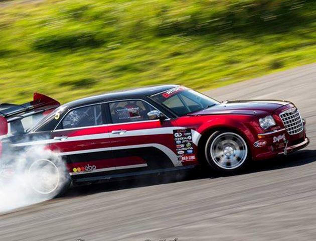 The Worlds Most Badass 300c Is A Viper Powered Drift Car Carbuzz