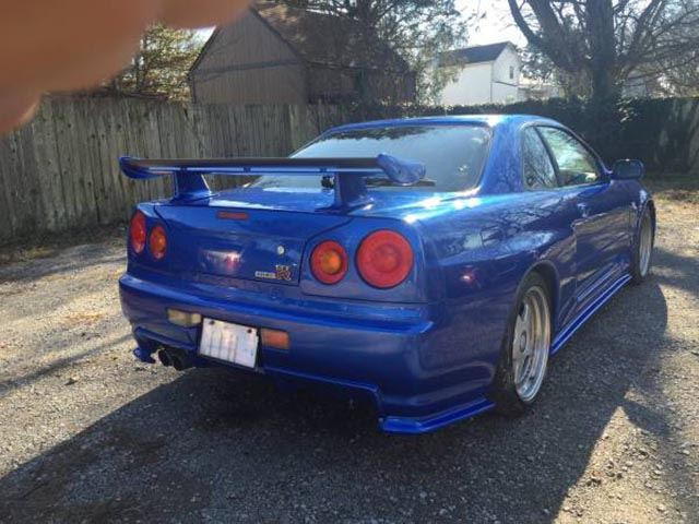 Someone Is Selling An R34 Nissan Gt R On Craigslist That S Probably