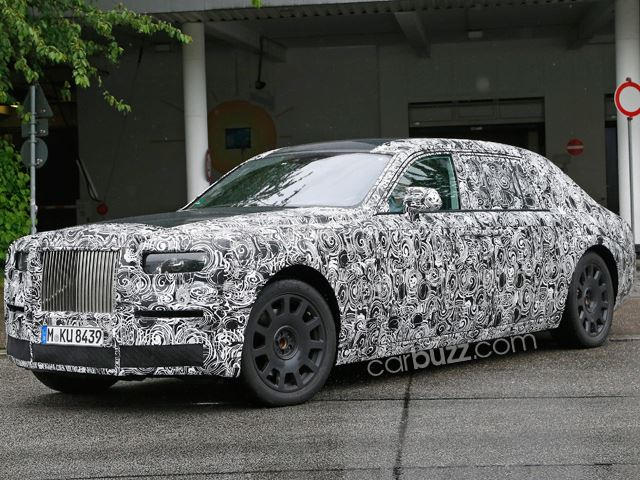 we've snapped the new rolls-royce phantom inside and out! - carbuzz