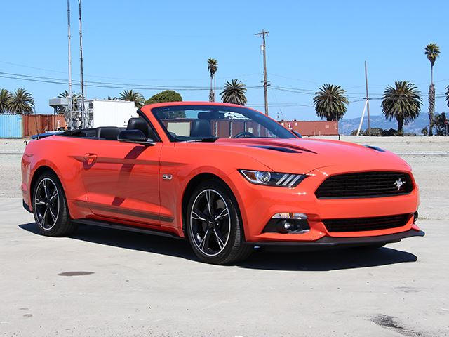 2016 ford mustang convertible gt review the best sports car for the money carbuzz. Black Bedroom Furniture Sets. Home Design Ideas