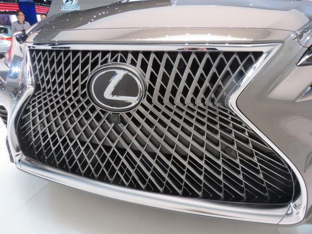 We Discovered The Lexus Ls Front Grille Design Took 3 5 Years To