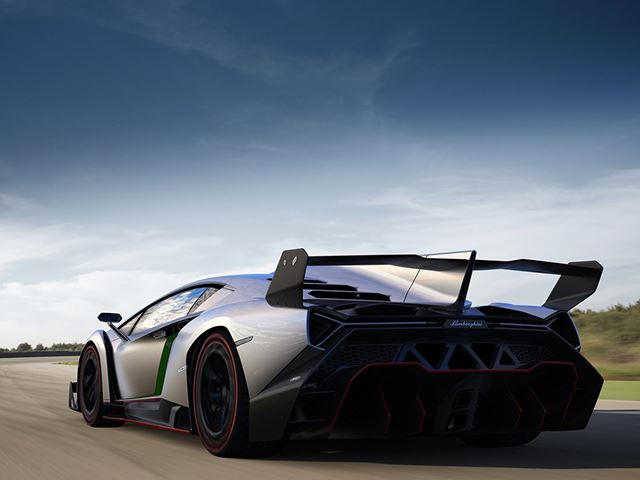 Over 5,900 Lamborghini Aventadors And 12 Venenos Recalled For Fire ...