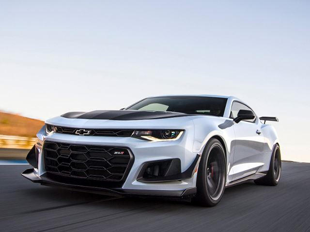 940769332bf1f Chevy Drops a 650 HP Track-Tuned Bomb With The New Camaro ZL1 1LE ...