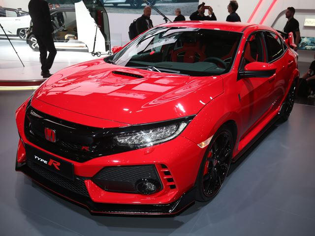 New Honda Civic Type R Has The Ford Focus Rs Firmly In Its Sights