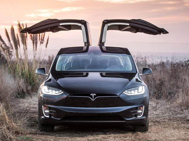 New Tesla Software Update Increases Autosteer Top Speed To 80 MPH ...