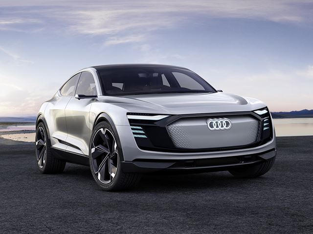 Audi E Tron Sportback Will Take On The Jaguar I Pace In 2019 Carbuzz