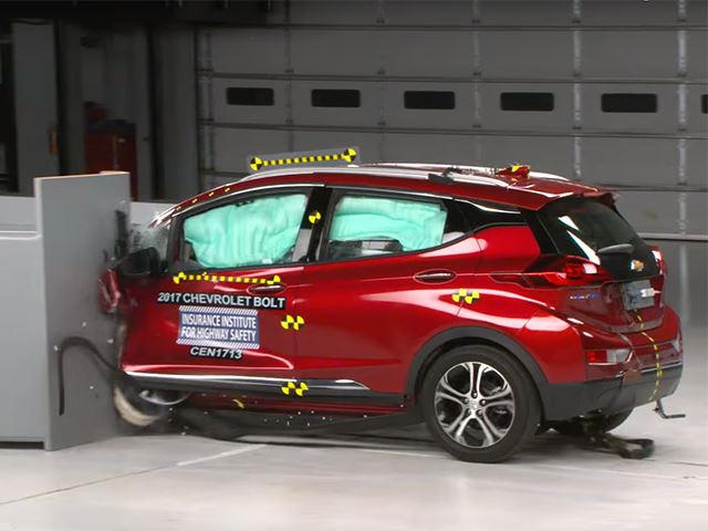 Watch The Chevrolet Bolt Crumple In Crash Tests Carbuzz