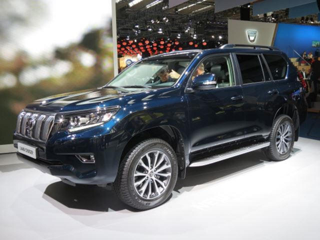 2018 Toyota Land Cruiser Gets A Refresh To Combat The Discovery