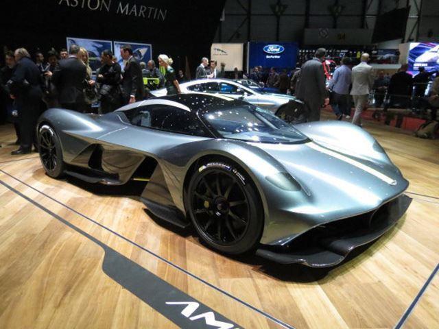 Hypercar Comparison Mercedes Amg Project One Vs Aston Martin