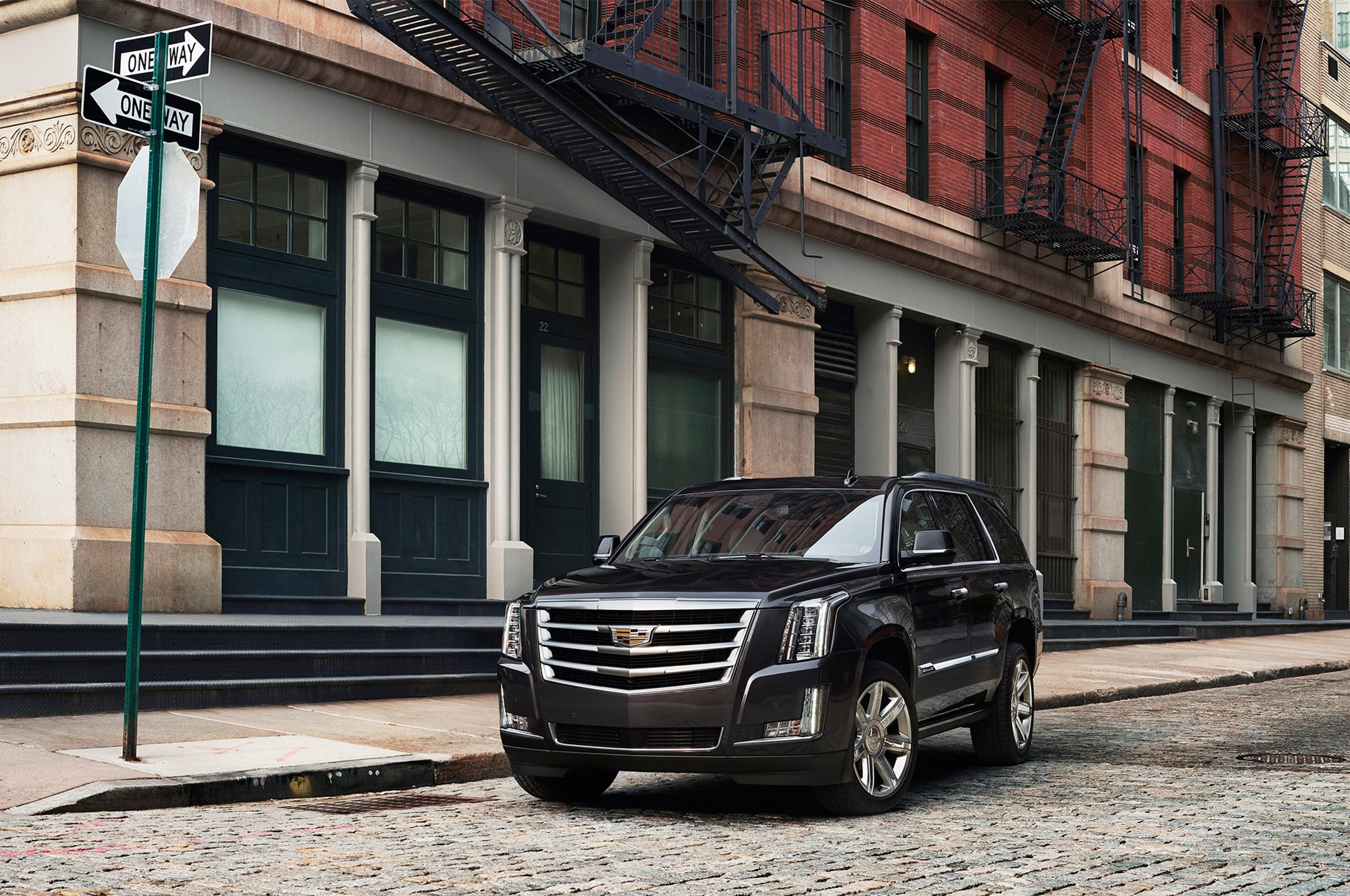 2018 Cadillac Escalade Esv Review Trims Specs And Price Carbuzz 200