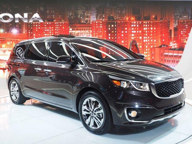 Has Kia Made Minivans Cool Again?   CarBuzz