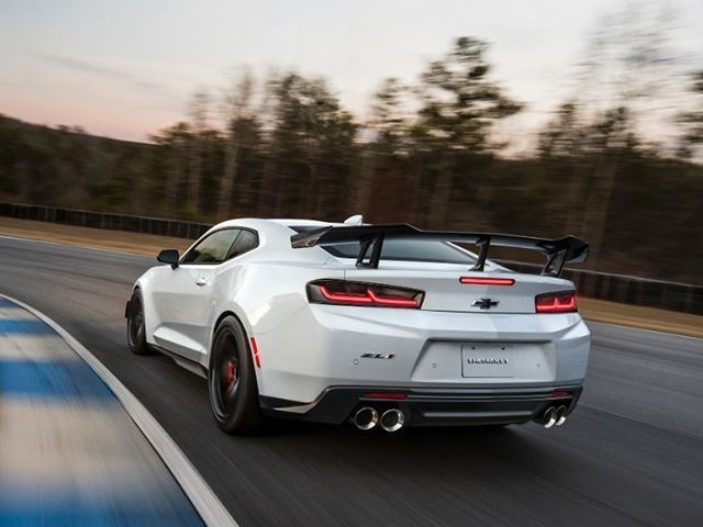 These Are The Best Performance Cars Of 2017 - CarBuzz