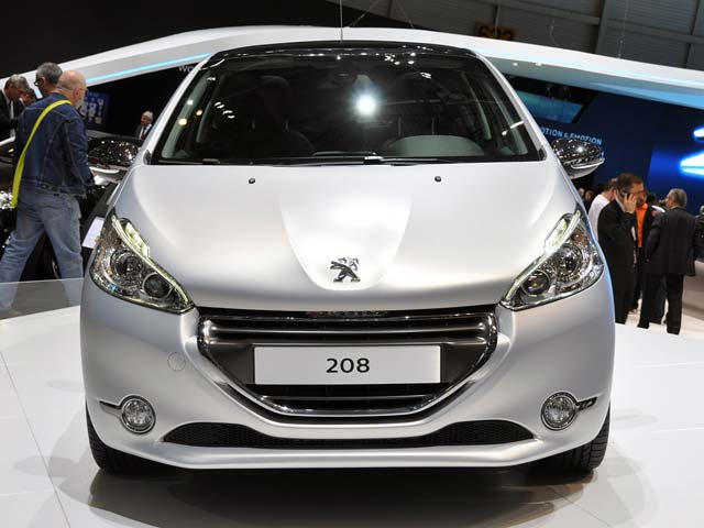 Threes Company Peugeot 208 208 Gti And 208 Xy Concepts In Geneva