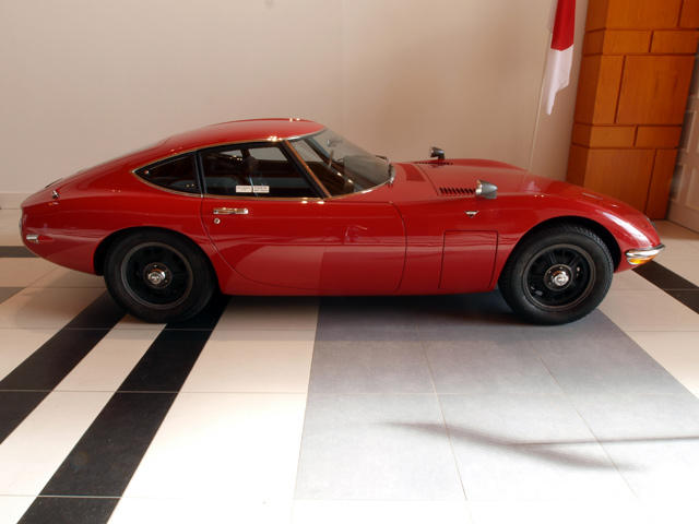 Japanese Sports Cars, Part 2: The Toyota 2000GT   CarBuzz