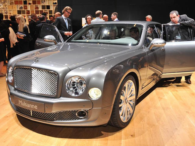cars that attract women bentley mulsanne carbuzz. Black Bedroom Furniture Sets. Home Design Ideas